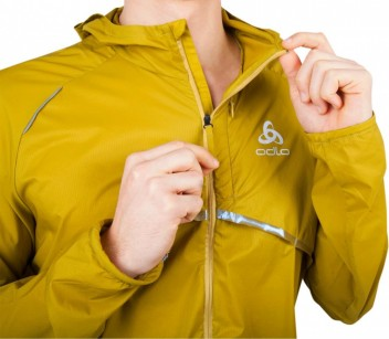 ODLO'S PACK ME! RUNNING JACKET: THE WHIRL