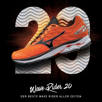 THE MIZUNO WAVE RIDER TURNS 20