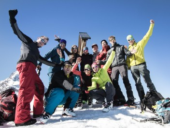 ski-touring-event-with-caja-schoepf