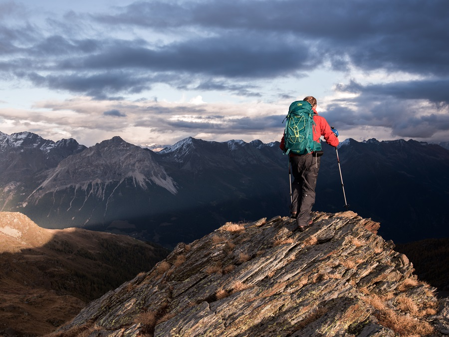 THE HIGHEST LEVEL OF HIKING WITH THE LOWE ALPINE AIRZONE PRO