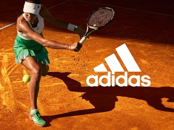PERFECT FOR THE START OF THE TOURNAMENT LAST SUNDAY - ADIDAS ROLAND GARROS TENNIS CLOTHES