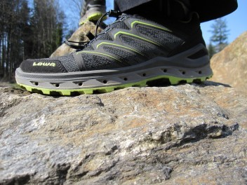 LOWA TRIES NEW PATHS - A TEST REVIEW OF THE LOWA AEROX GTX HIKING ALL-ROUNDER