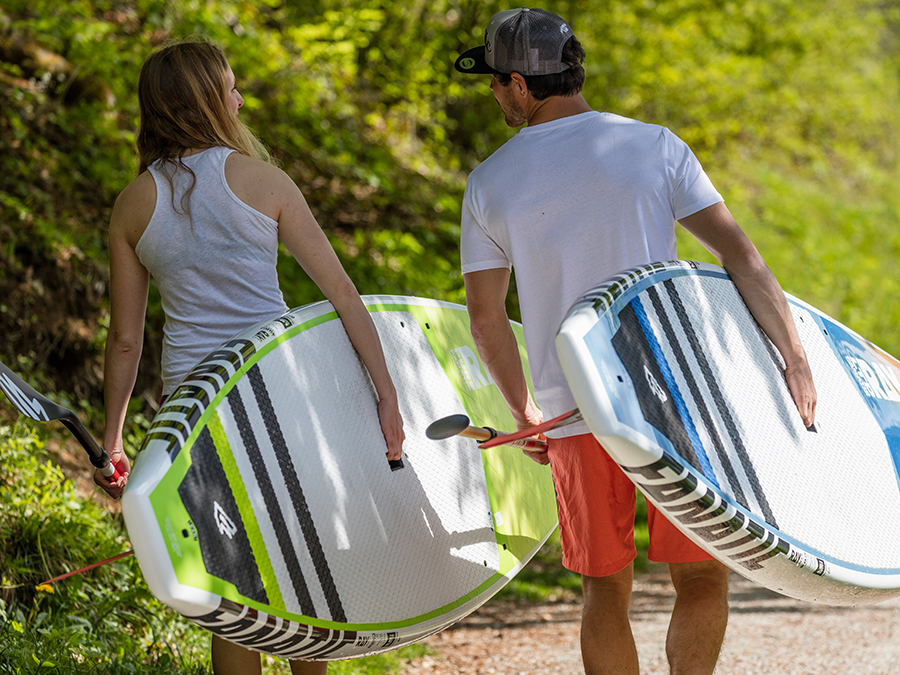 A VERSATILE SPORT AND EFFECTIVE WORKOUT: STAND UP PADDLING