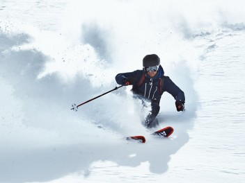 everything-you-need-for-an-unforgettable-day-on-the-slopes-winter-sports-with-keller-sports