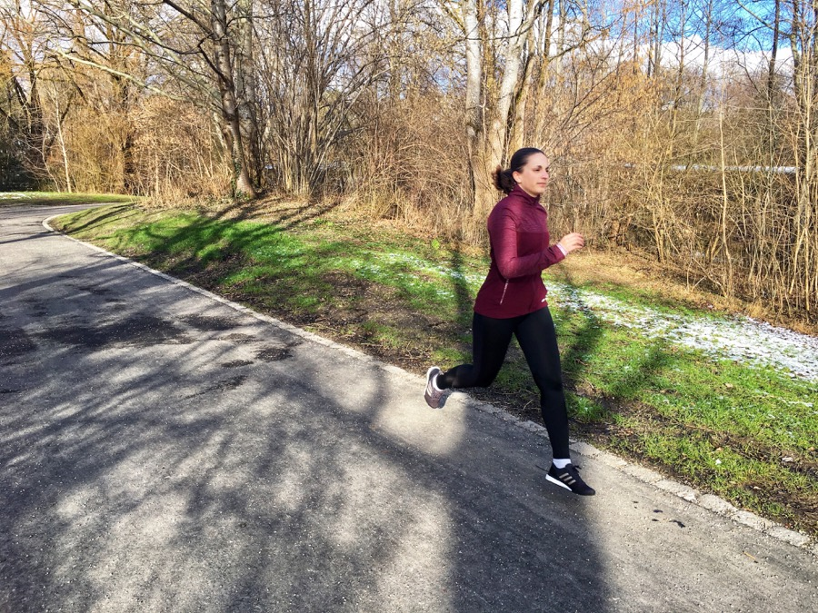 LAURA'S MARATHON PREPARATION: TRAINING PLANS AND DEALING WITH SETBACKS