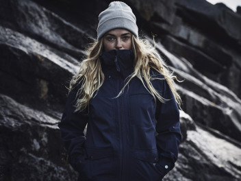 HAGLÖFS ECO PROOF JACKET IS AN OUTDOORSY FRIEND FOR LIFE