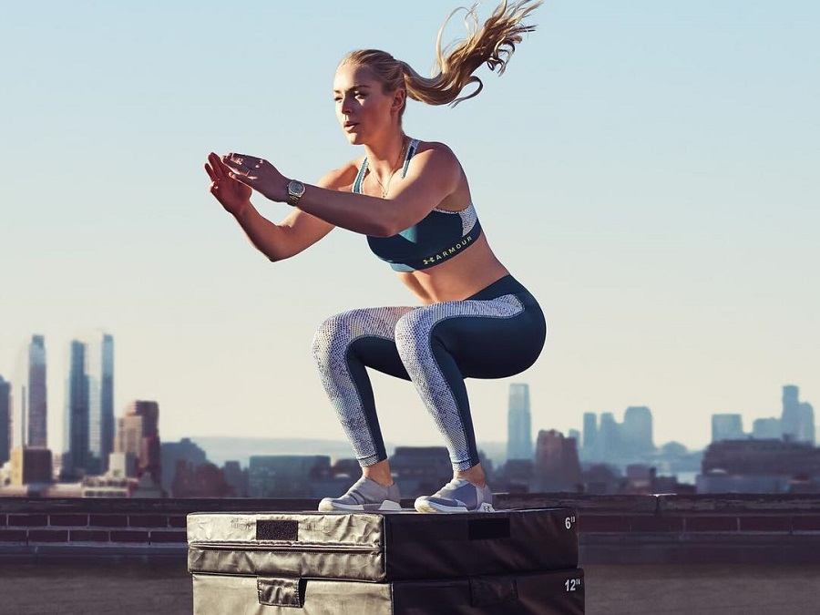 ON WARMER DAYS TOO: LIGHTNESS AND COMFORT WITH UNDER ARMOUR HEATGEAR® TECHNOLOGY