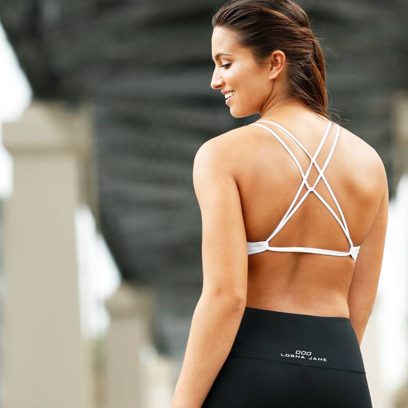 Lorna_Jane_NEW FITNESS_CLOTHES_ THAT'LL_MAKE_ YOUR_HEART_ FLUTTER (2)