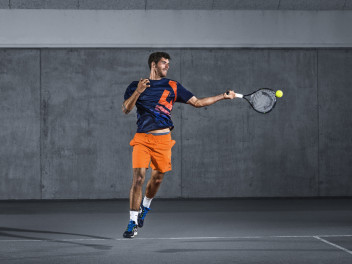 HEAD MXG - CONTROL AND POWER WITH THE NEW TENNIS RACKET RANGE