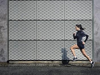run-with-diadora