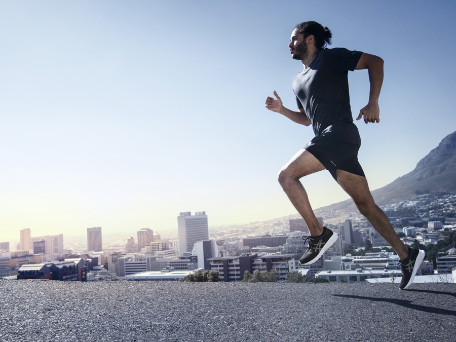 44d2b63c841 HOW LONG DO RUNNING SHOES LAST? WHEN SHOULD THEY BE REPLACED?