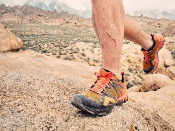 FLO TESTS THE MERRELL MQM FLEX GTX