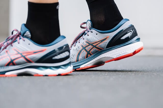 The midsole and heel of the ASICS GEL-Kayano 27 were designed to meet the needs of women and men when running