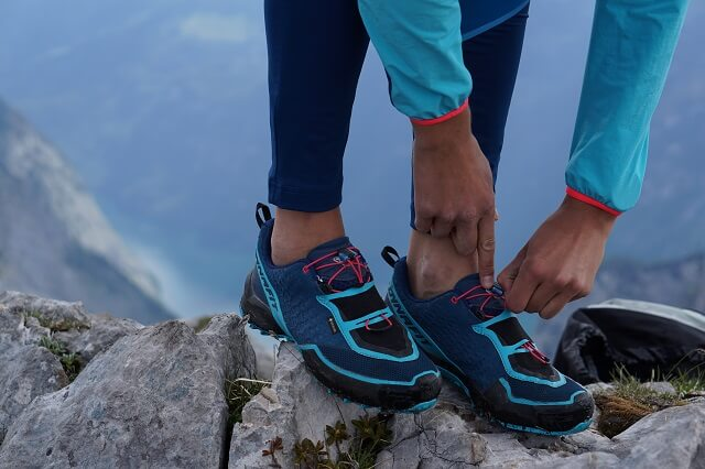 Dynafit Speed Mtn GORE-TEX® trail running shoes have a simple Quick Lace system for quick adjustment of the lacing