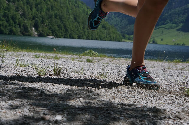 The Dynafit Speed Mtn GORE-TEX® trail running shoes are suitable for warm temperatures