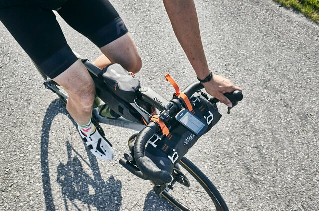 The long battery life, the many functions and sensors make the Garmin Edge 1030 Bike Computer one of the best bike devices 2020