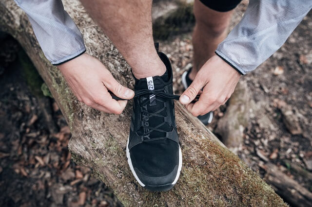 Lace up your running shoes and get going with our tips for trail running beginners - you'll succeed in your first run on trails in 2021