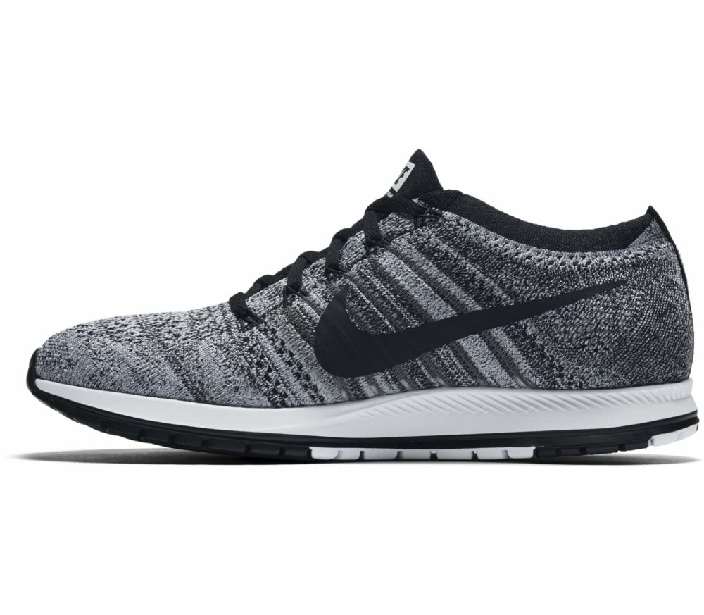 Nike - Zoom Flyknit Streak 6 Racing men's running shoes (black/grey)