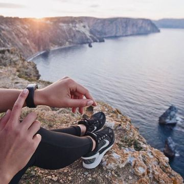 Training is even better when you can enjoy a view like this after your run. Have fun out there. Phot...