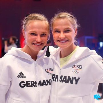 The fastest marathon twins in the world, @hahnertwins, presenting the German Olympic team's offici...