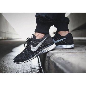 We have some new Nike Flyknit shoes in our range. 👍 Just like the Nike Flyknit Lunar 3. Check i...