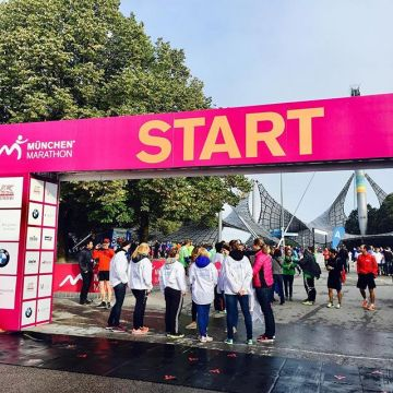 Greetings from the @muenchenmarathon ?? Good luck to all the runners and enjoy the race???...