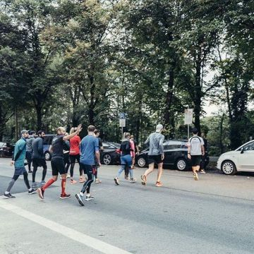2 times a week our running group starts at the Keller Sports store in Munich- come and join us! ?...