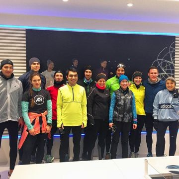 Today the @adidas runner Munich were starting their run at the Keller Sports Store ? Respect to a...