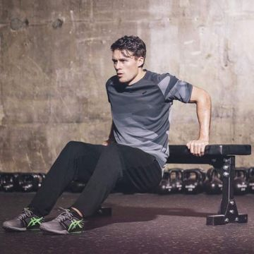 'Fitter in:15'- the short videos of our partner @asicseurope are making your training more varied, e...