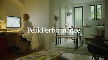 Fashion victim or sportaholic? With @peakperformance active wear you can be both ??? now in...