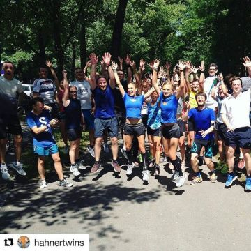 Great talk and run by the @hahnertwins ??? We ? it! #running #adidas #kellersportsstore #h...
