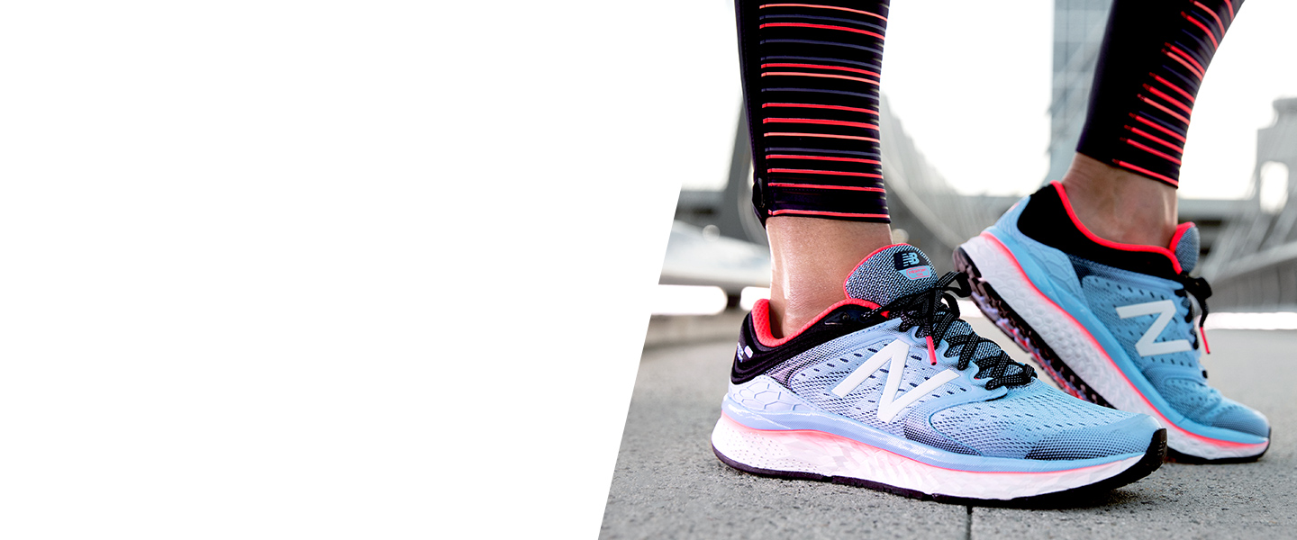 Equipped with a Fresh Foam midsole, a mesh upper and flex grooves on the outsole, the Fresh Foam 1080 by New Balance is ready to break your limits with you.