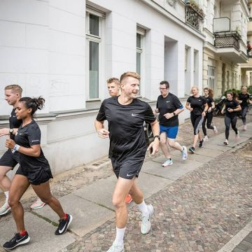 Get your crew and start running. @nike #PegasusTurbo #Berlin...