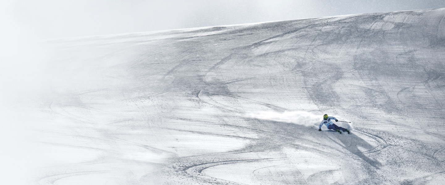 Feel at home on the snow-covered slopes with Colmar winter sports clothes.