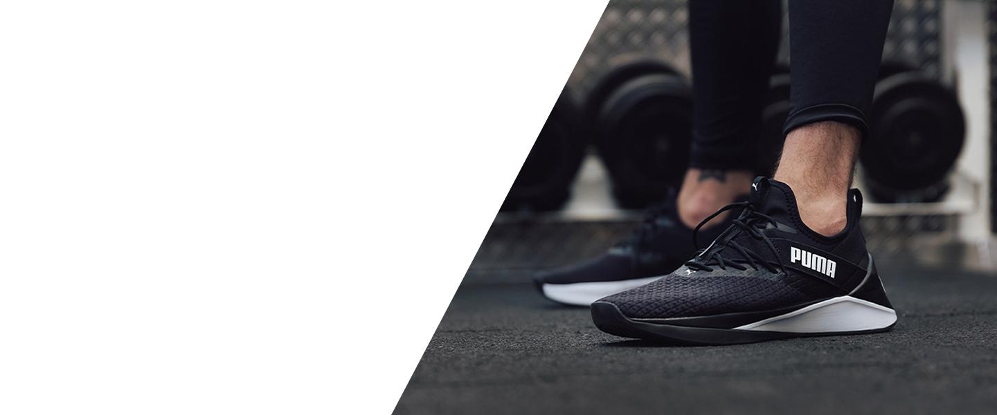 The Puma Jaab XT delivers cushioning, stability and reactivity during your training sessions.