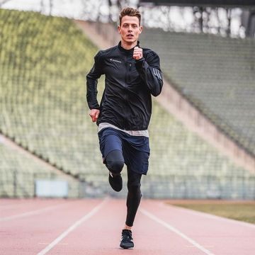 All the way to the top!  Professional long-distance runner @philipp.pflieger has turned his childhoo...