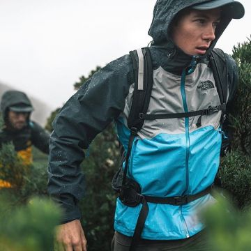 Defying all weather conditions with the new @thenorthface collection. Check link in bio for more.  #...