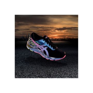 The new Asics Gel-Culumbus 21 Liteshow - out now. Link in bio.? ? #kellersports #asics #running ...