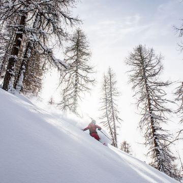 Weekend & Powder - at the moment our favourite combination! What are your plans for the weekend? Chr...